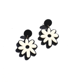 Daisy Earrings -Black and Cream