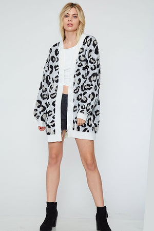 leopard knit cardi - Shop trendy womenswear styles on www.downerss.com