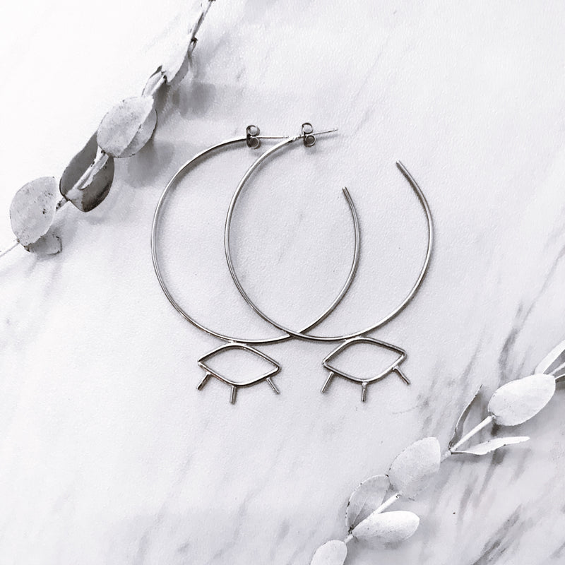 eye hoops - Shop trendy womenswear styles on www.downerss.com