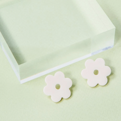 Cream Small Acetate Daisy Earrings