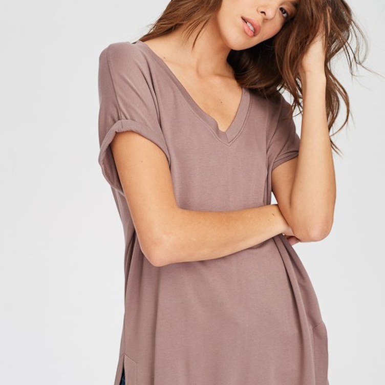 mocha soft t-shirt - Shop trendy womenswear styles on www.downerss.com