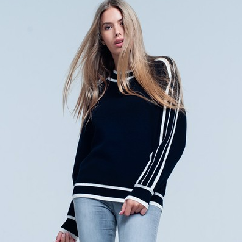 black lined sweater - Shop trendy womenswear styles on www.downerss.com