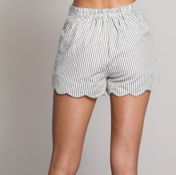 striped scallop shorts