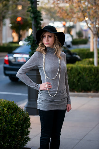 Basic Turtleneck | 2 Colors