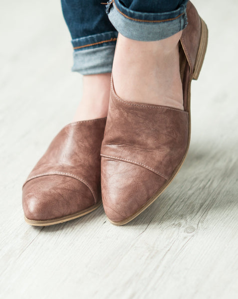 Side Cut-Out Flats | 2 Colors