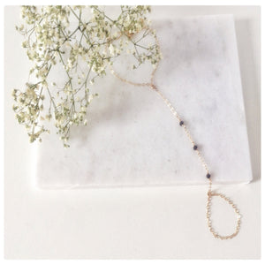 Unique 14k Gold Filled Hand Chain - New Vie Shop