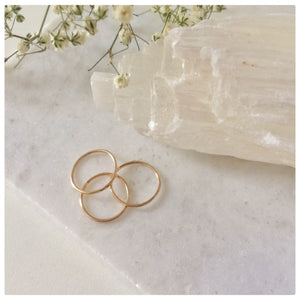Set of 5 Thin Stacking Rings - New Vie Shop