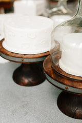 europe2you Glass Cake Dome on Round Wooden Cake Stand