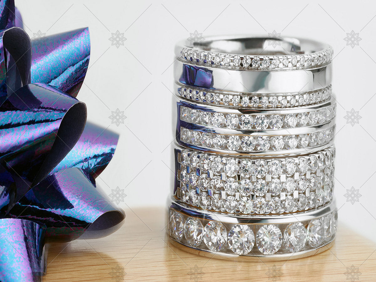wedding ring stack with blue ribbon
