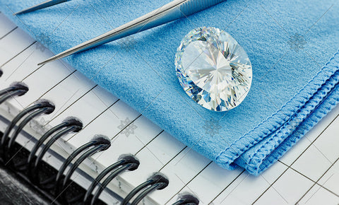 Oval Diamond on Blue cloth  - MJ1036