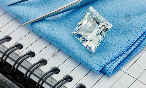Square Diamond on Blue cloth  - MJ1037