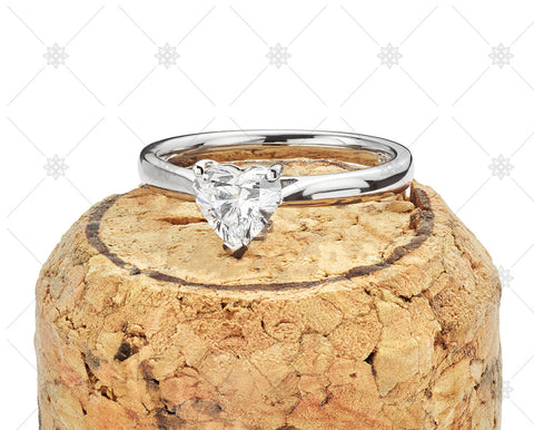 Heart Diamond Ring on top of Cork - JG4004