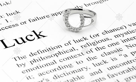 Lucky Horseshoe Ring - MJ1032