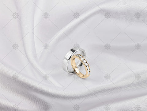 Bride and Groom ring on white silk - NC1021