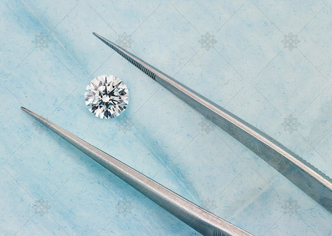 1.2ct Round Diamond on Blue  - NE1028