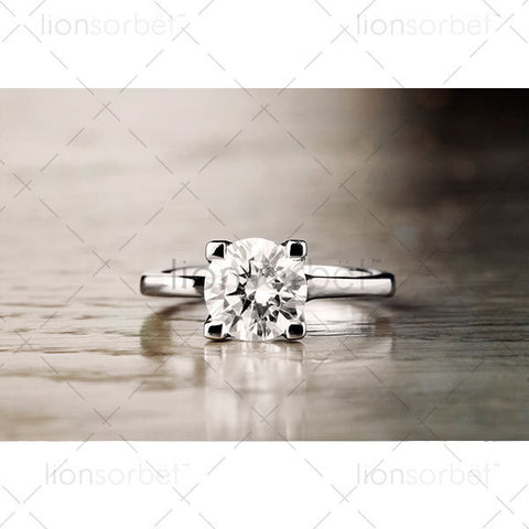 2ct Round Diamond Ring monochrome