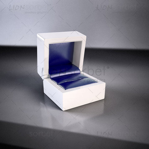 Blue ring box image for jewellery web design and marketing