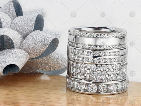 Diamond Ring Christmas Stack with ribbon   - WC1032