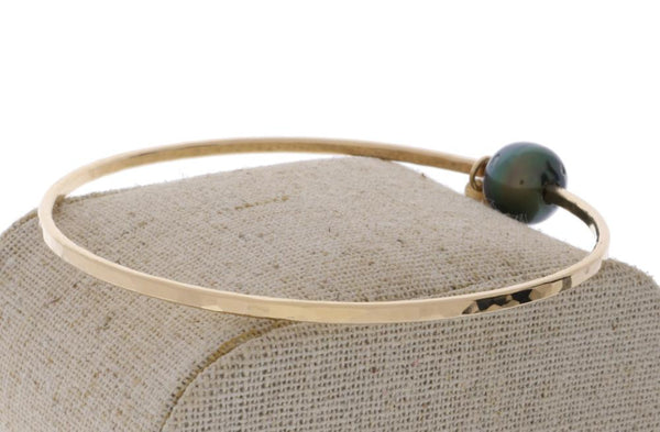 Tahitian Pearl Bangle in Gold