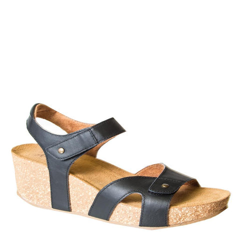 804b54cf76e AXXIOM styles available through MustHaveShoes - musthaveSHOES