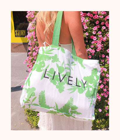 The Garden Party Tote: Garden Party In Green