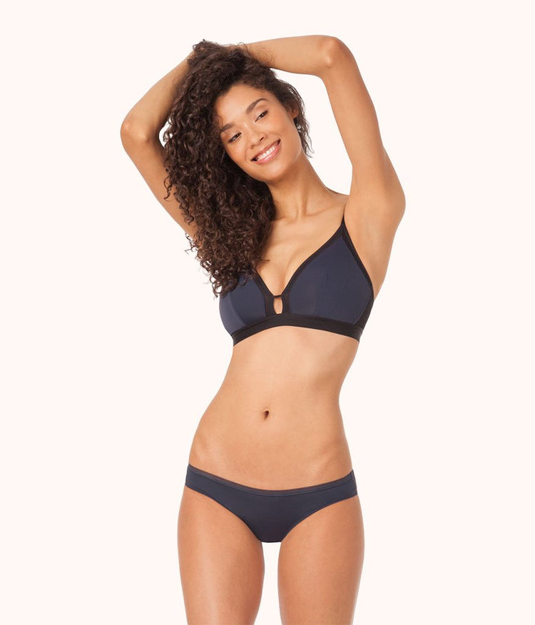 The Busty Bralette - Colorblock: Navy/Jet Black