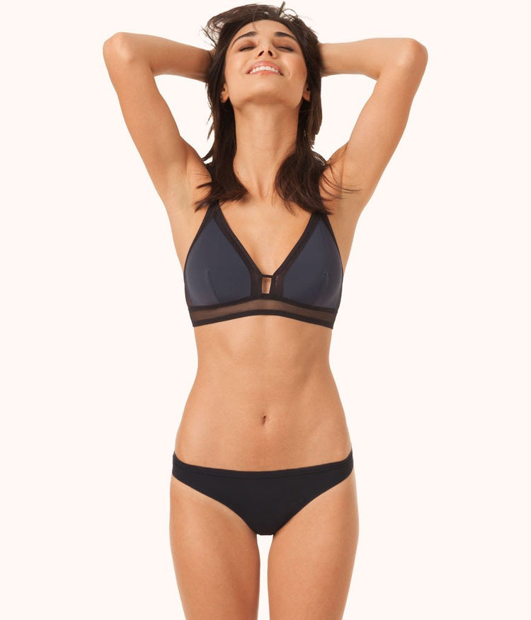 The Mesh Trim Bralette - Colorblock: Navy/Jet Black