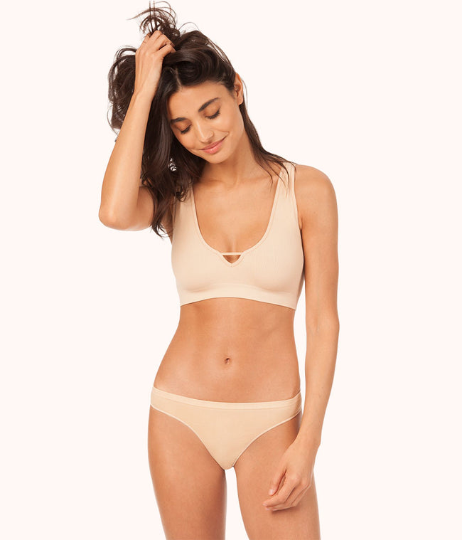 The Seamless Deep V Bralette: Toasted Almond