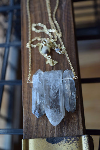 Natrual Quartz 3 Stone Necklace