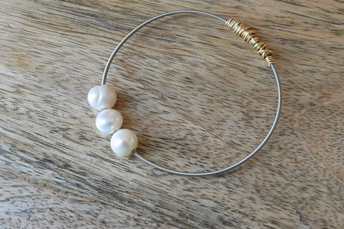 The Mini Pearl-Freshwater Loose Pearl Guitar String Stacking Bangle
