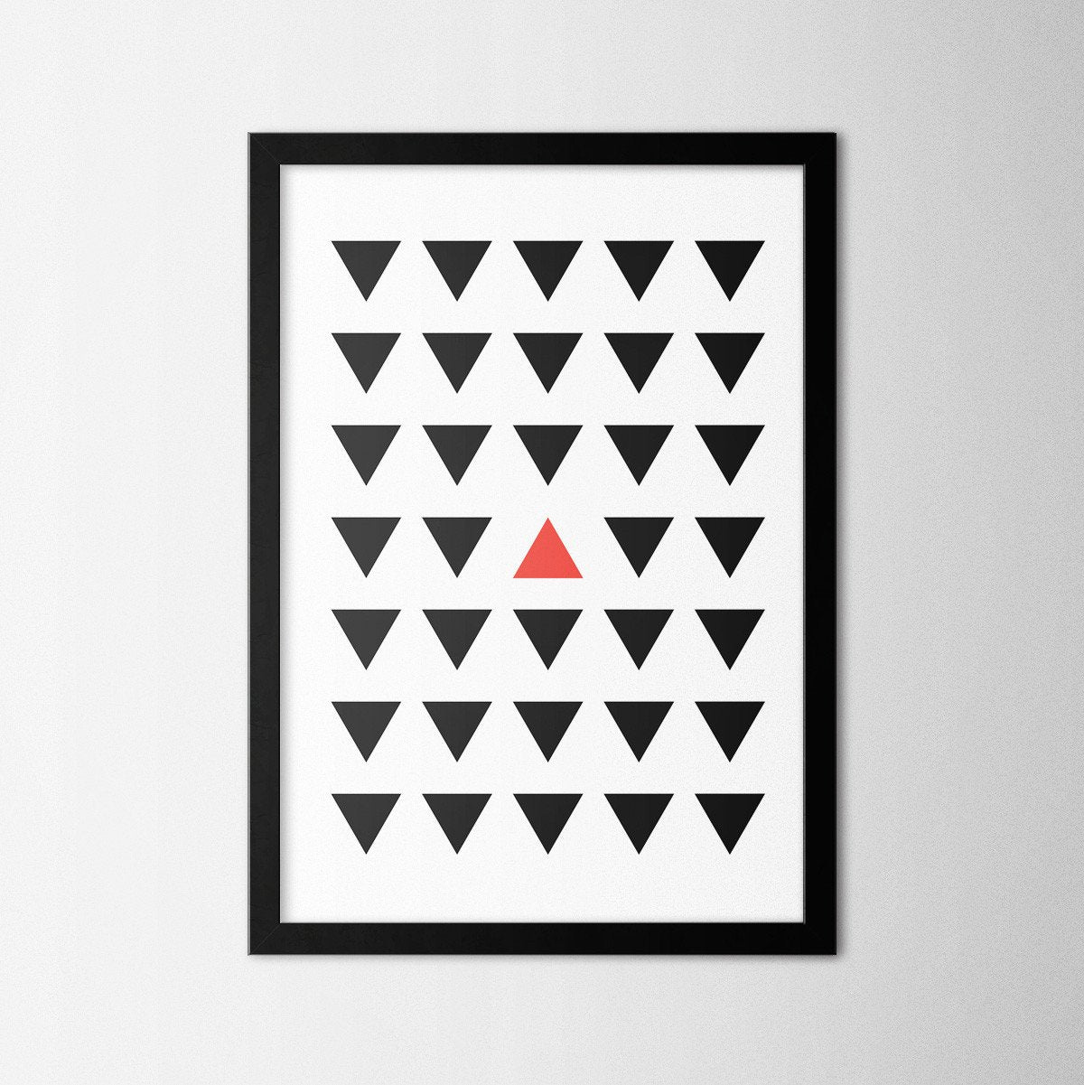 Minimal Red Triangle - Northshire Art Prints - Poster - Dekorasyon