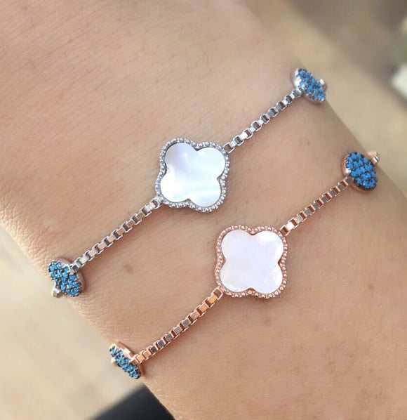 Mother of pearl clover adjustable bracelet