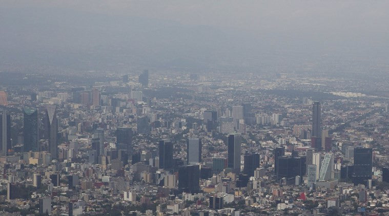 Mexico City bans 40 percent of cars again over air pollution