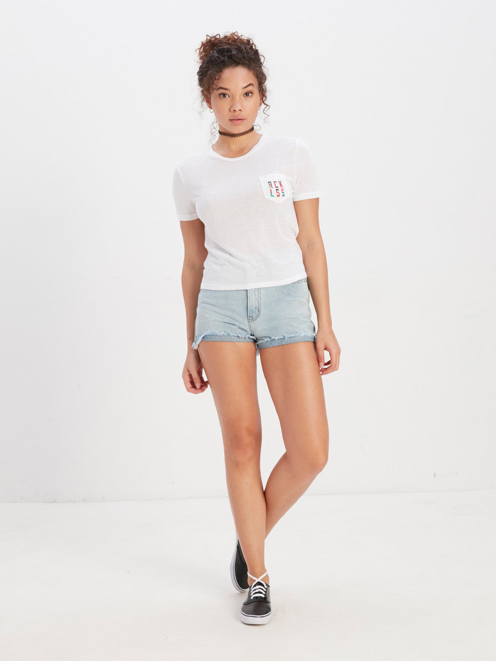 Simple Stacked Crop Pocket Tee
