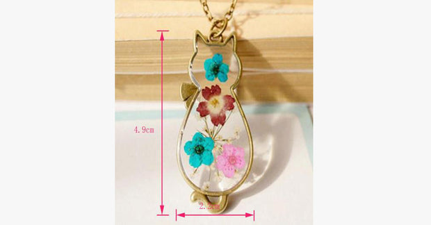 Retro Bronze Cat Natural Dried Flowers Necklaces