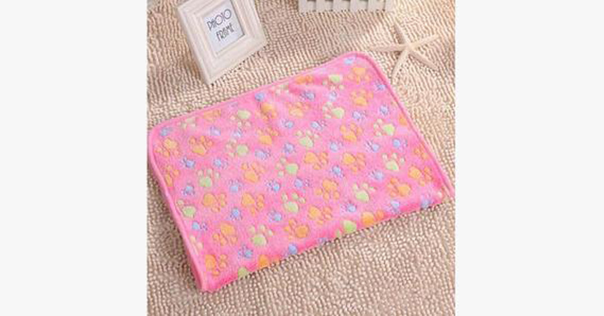 Pink Fleece Printing Cat Blanket