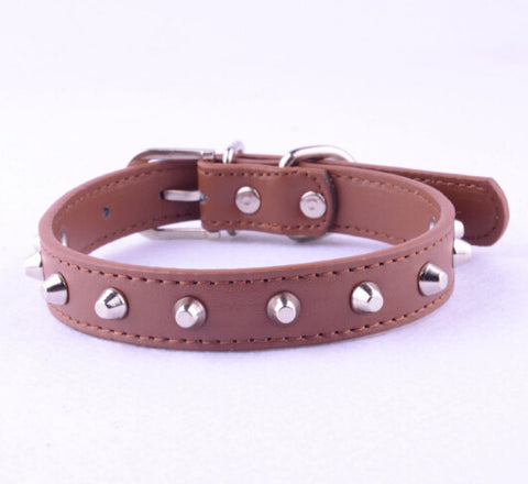 Brown Rivet Leather Collar