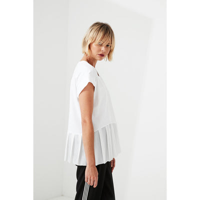 Lania The Label Trader Top in White