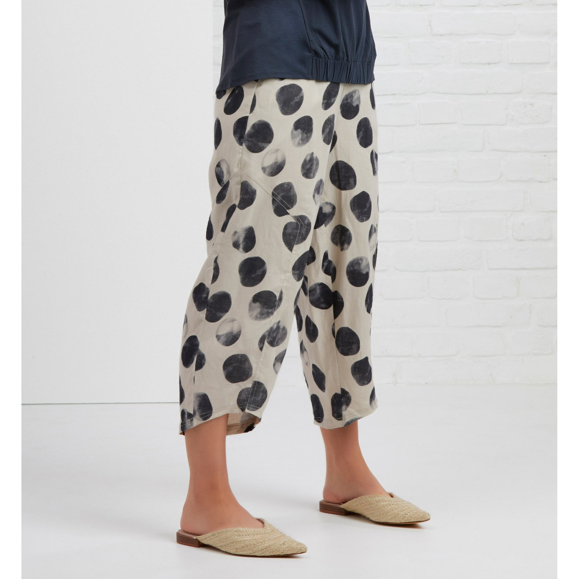 Foil Broadening Horizon Pant in Pebbles pure linen print