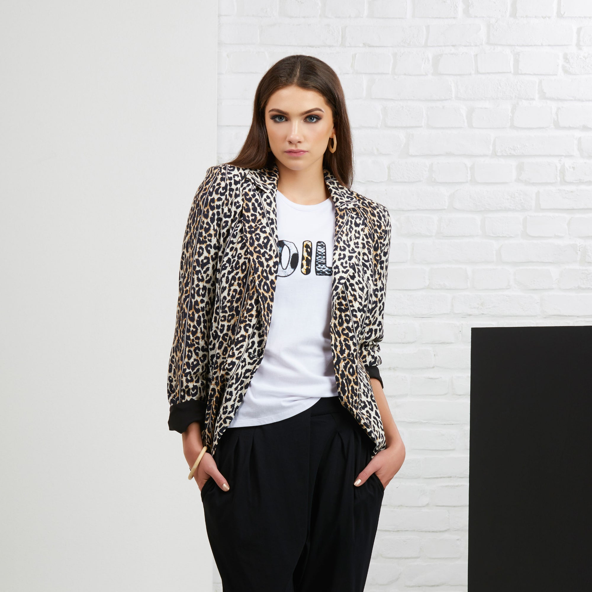 Foil Moves Like Jaguar Blazer in Leopard Print