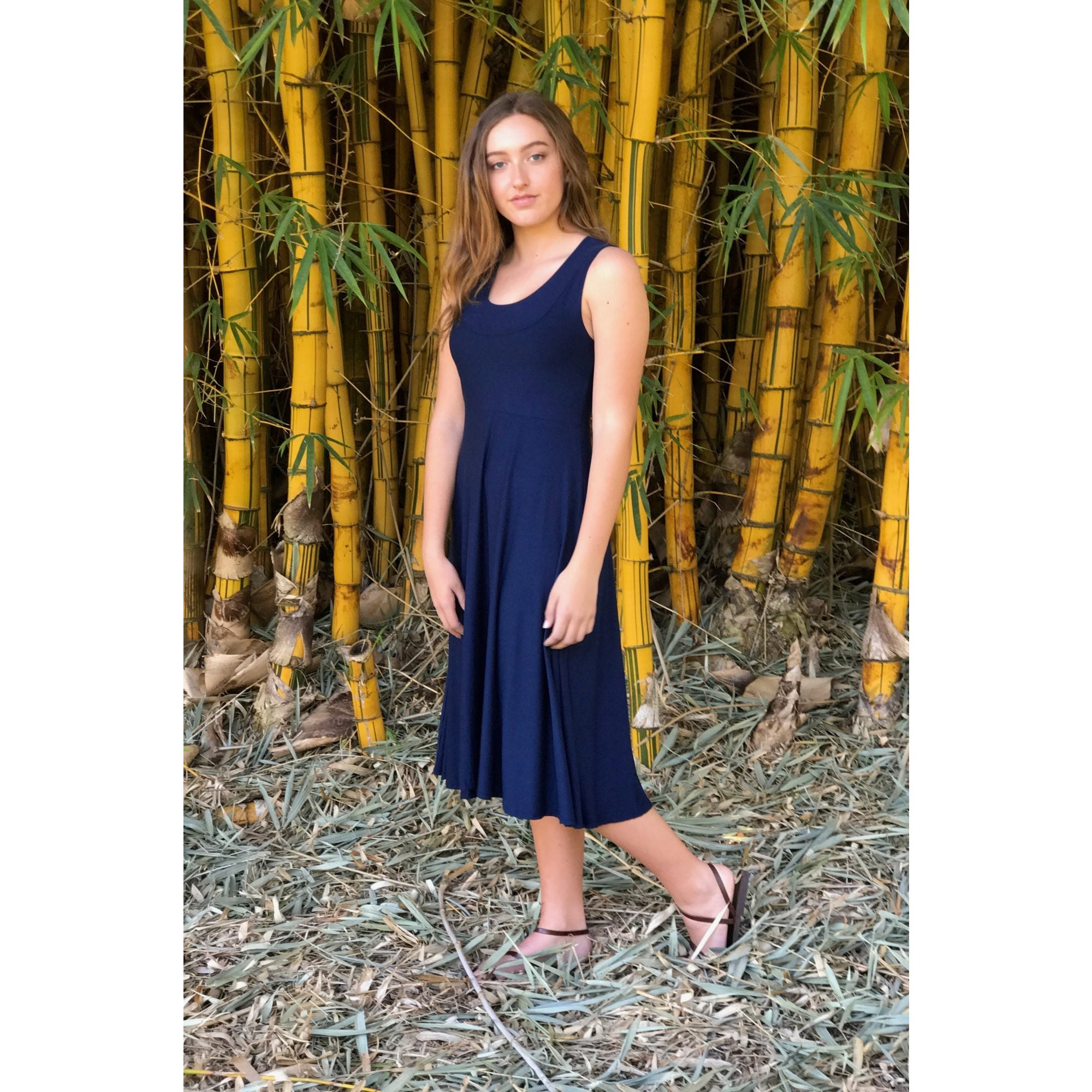 Soulsong Elegant Dress in Navy