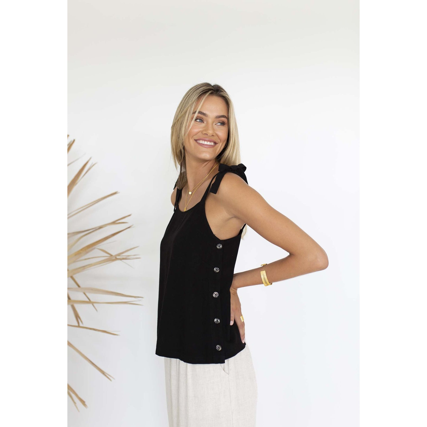 Humidity Cute As A Button Top in Black