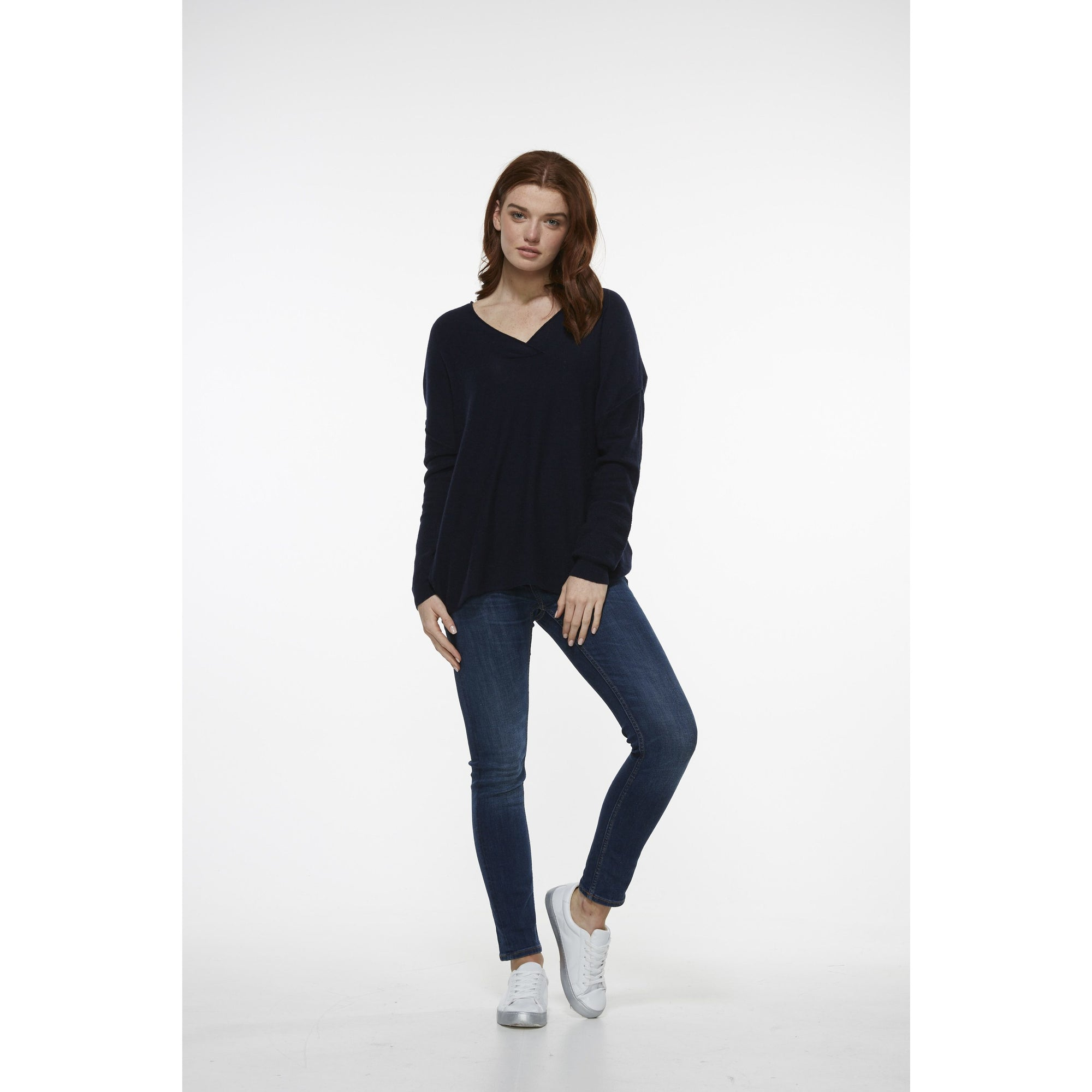 LD&CO Pattern Sleeve V Neck Jumper in Navy