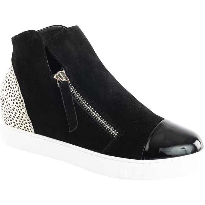 Hinako Moselle Shoe-Black/white pony