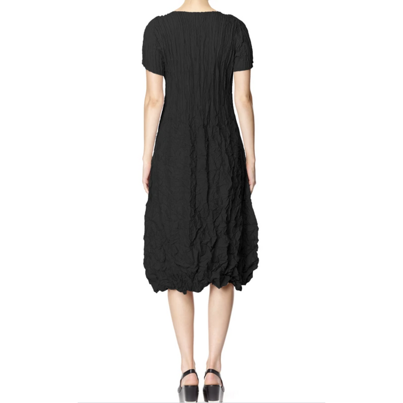 Alquema V Neckline short sleeve Smash Dress in Black