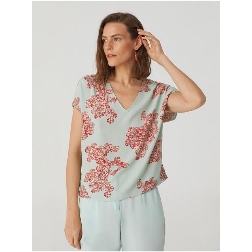 Nice Things Spiral V Neck Top in Aqua