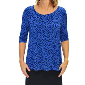 Tani 3/4 sleeve scoop neck swing top in Leopard print