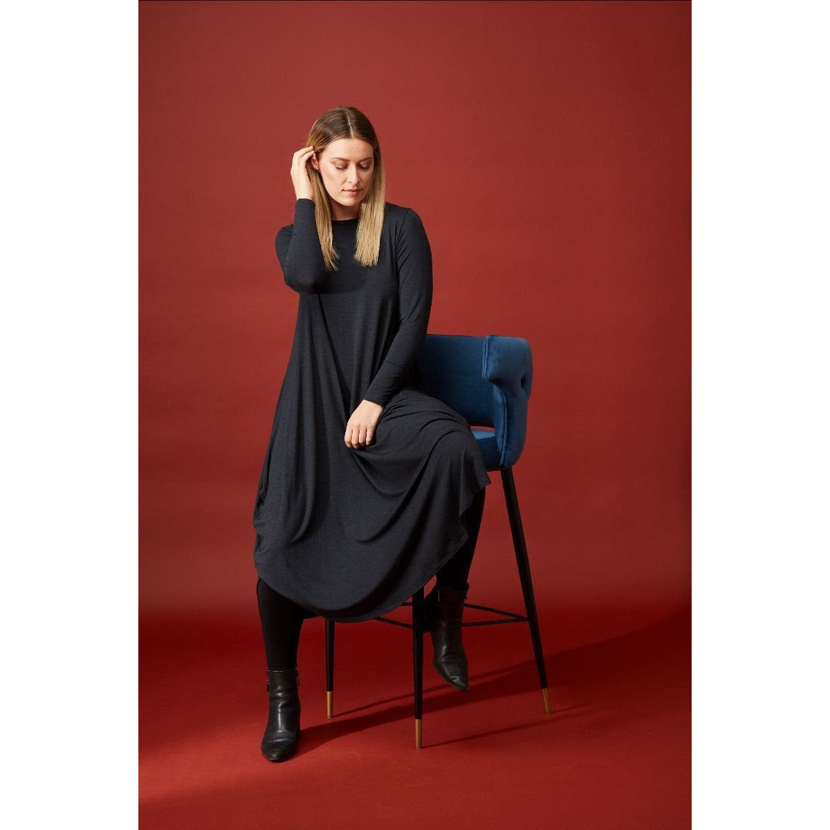 Tani Long Sleeve Tri Dress in Graphite Marle