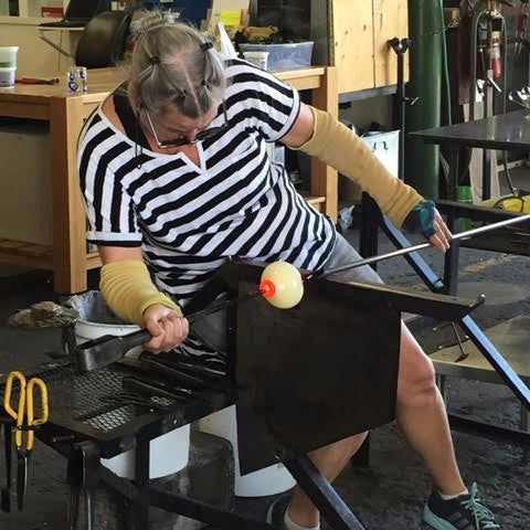 Glassblowing 1 - Part 1<br> 6 Week Class<br> April 13 - May 18, 2017