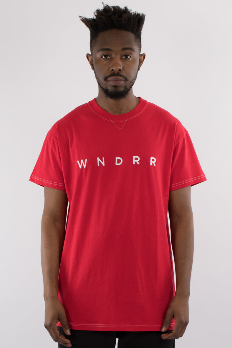 ESSENTIAL CUSTOM FIT TEE - RED